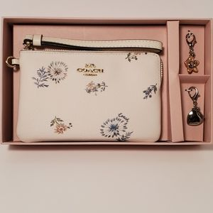 Coach Dandelion Wristlet with Charms NIB